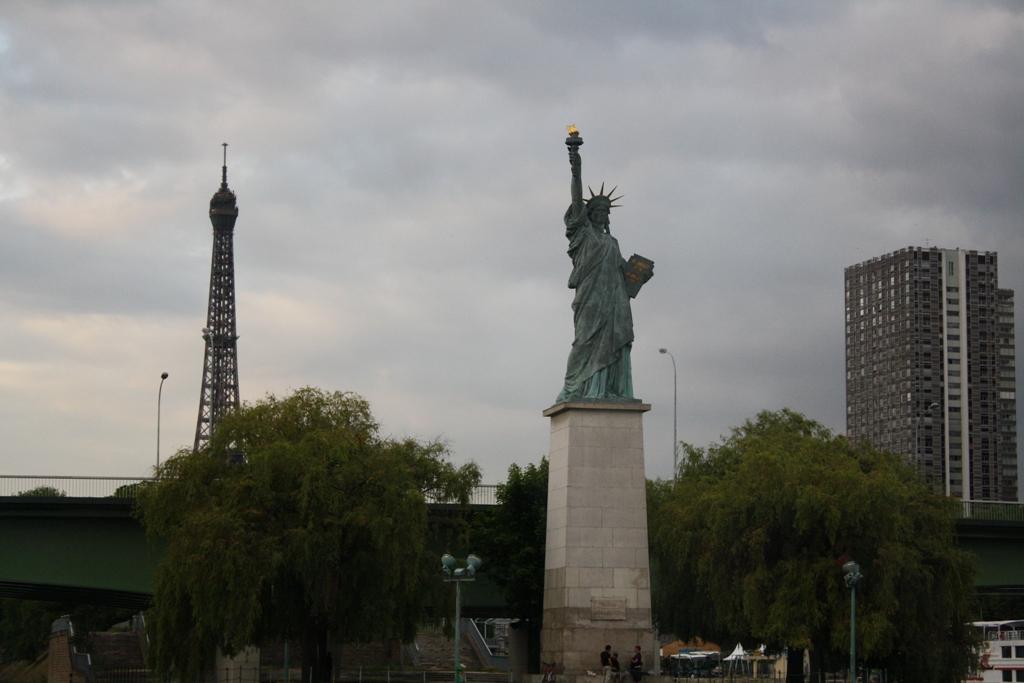 Meteopassione forum leggi argomento previsioni parigi for Parigi champ elisee